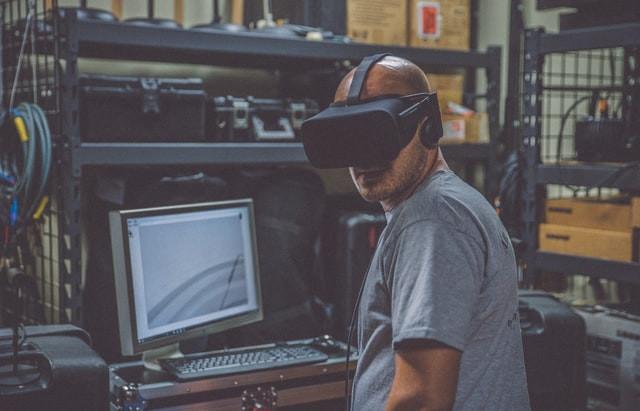 v3a36| O real é o virtual? Reflexões sobre a reprodução da desigualdade virtual-real