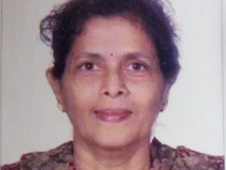 महाराष्ट्र साहित्य परिषदेचा कॉन्टिनेन्टल पुरस्कृत चिं. वि. जोशी साहित्य पुरस्कार डॉ. सुमन नवलकर यांन