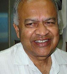 मसाप गप्पा मध्ये डॉ. जयंत नारळीकर आणि मंगला नारळीकर यांच्यासोबत गप्पा