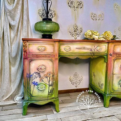 """""""Garden of Eden"""" Vintage Desk"""