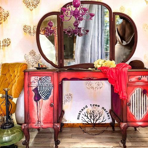 Vintage Vanity | Makeup Table | Marilyn Monroe Furniture