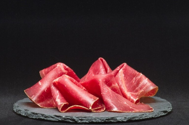 a plate of palma ham for ketogenic diet