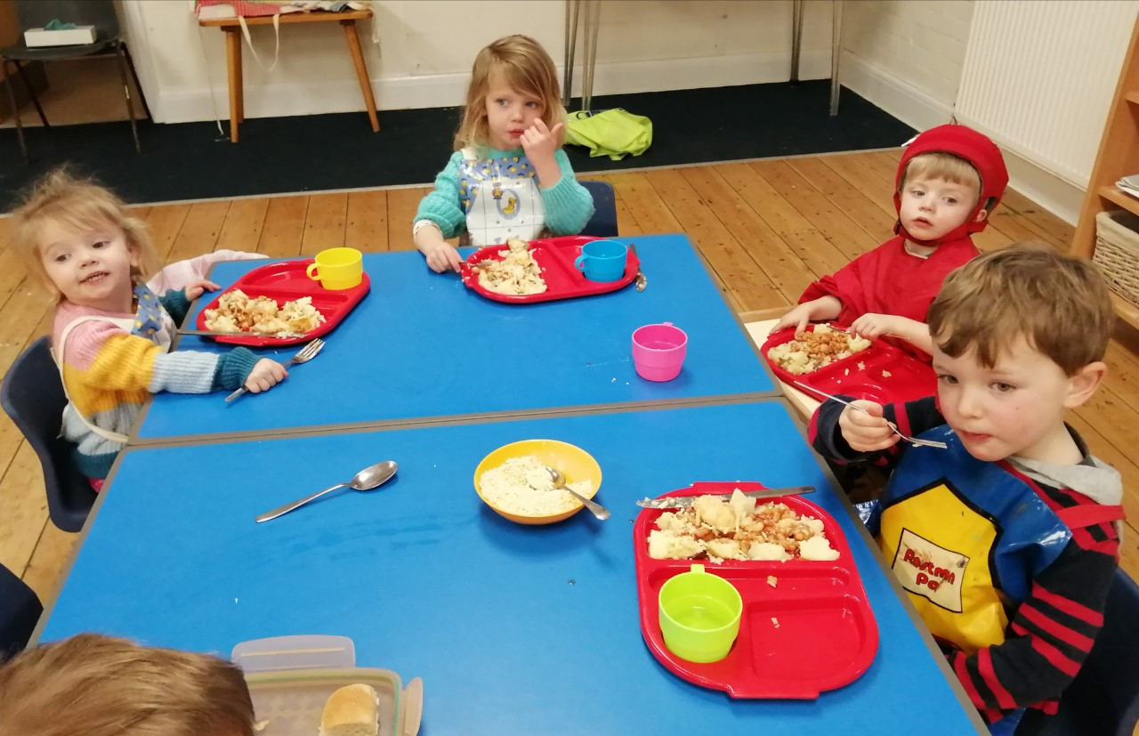preschool lunch.jpg