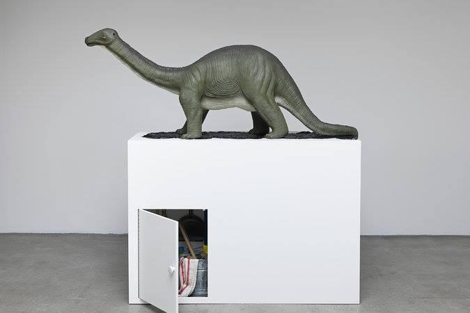 Brontosaurus Mark Dion