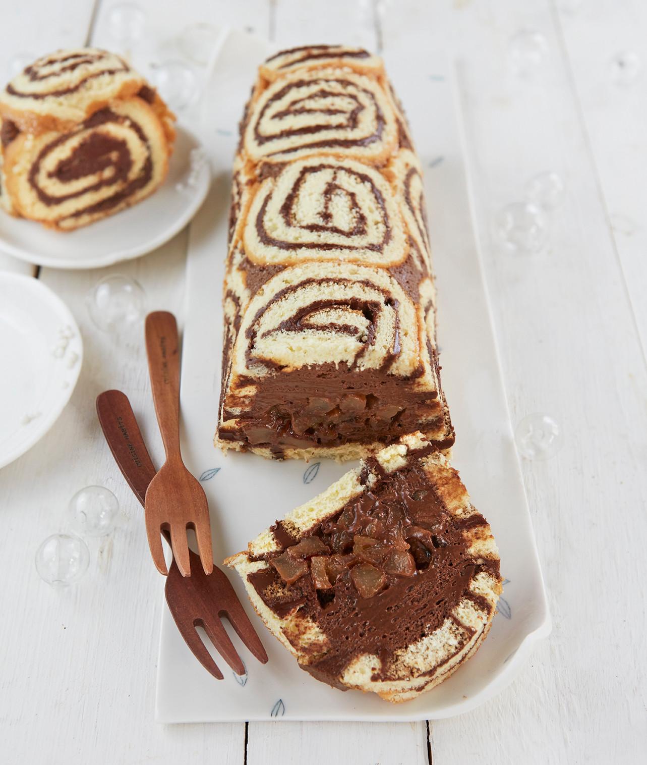 Bûches_et_galettes_royale_poire_chocolat
