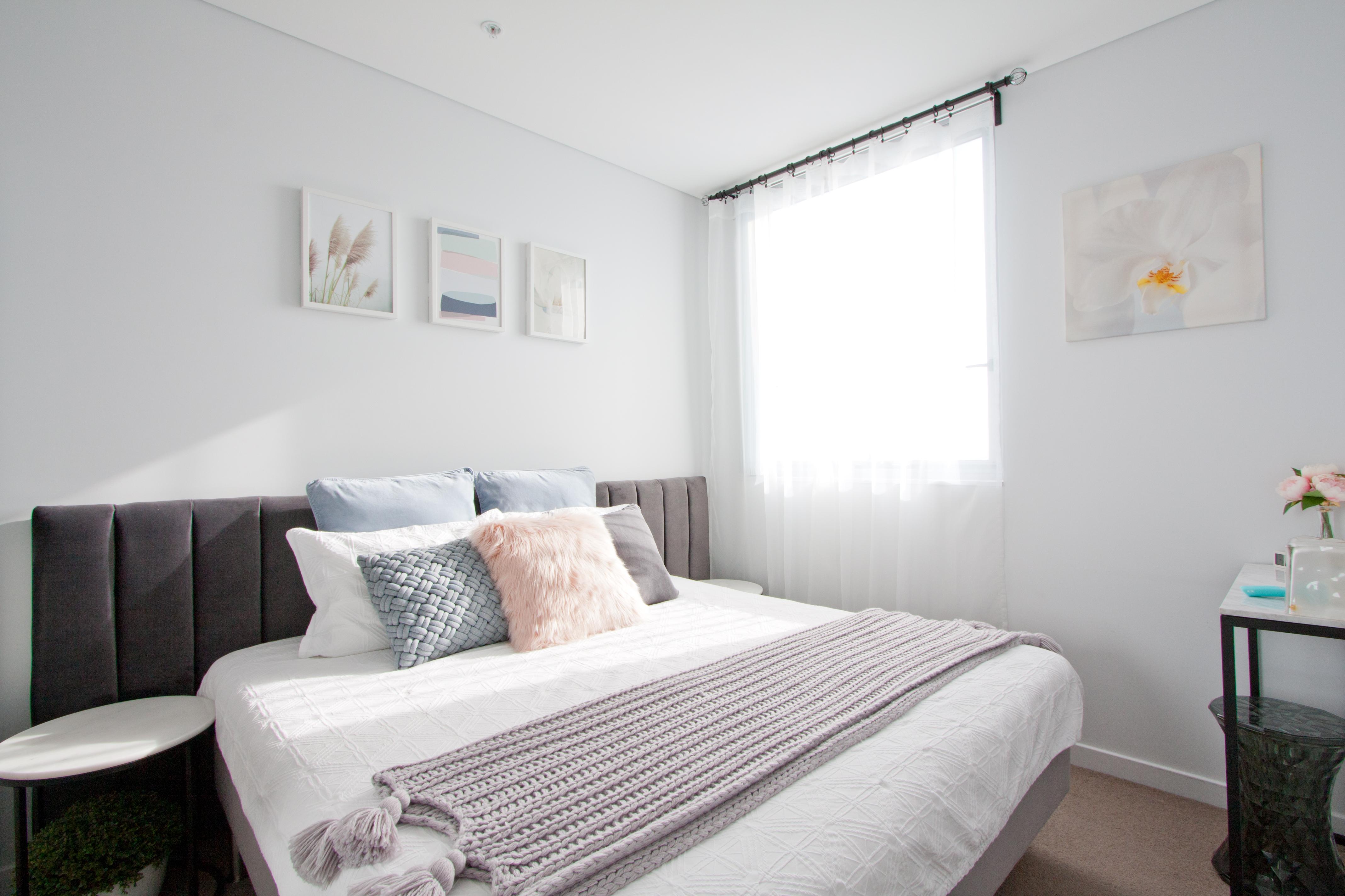 Guest Room (6)