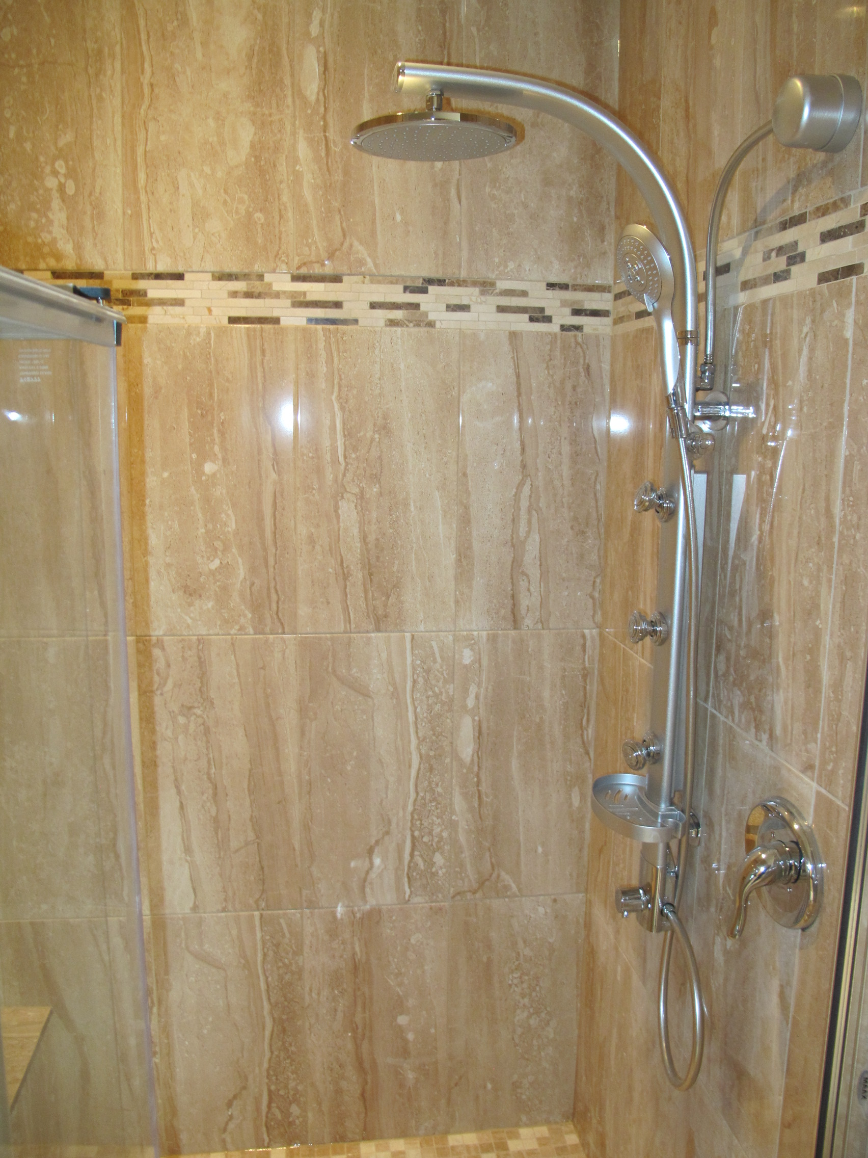 Lot29 - Shower1