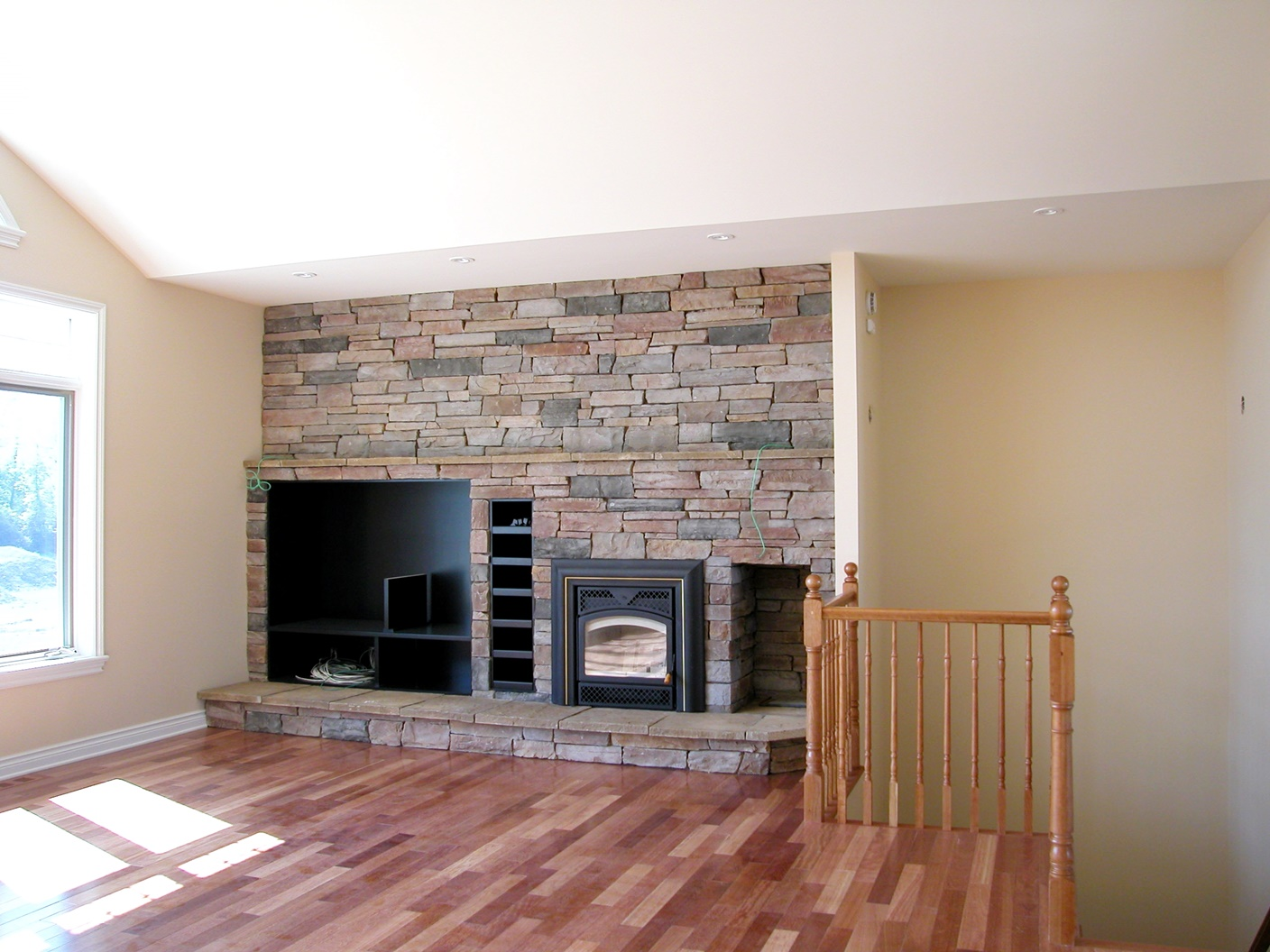 Moore-Fireplace