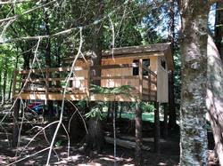 treehouse-exterior2