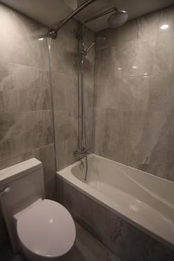 Queen Elizabeth-Shower1