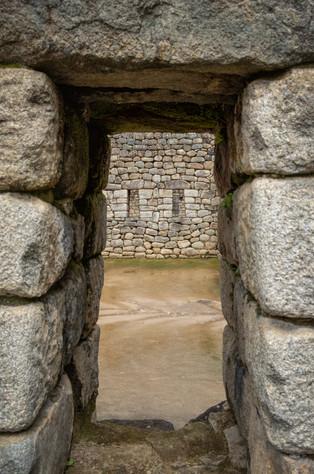 Windows to the Inca World IV