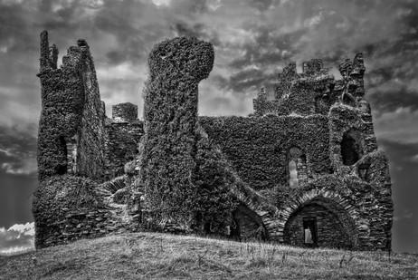 Ballycarbery Castle B&W