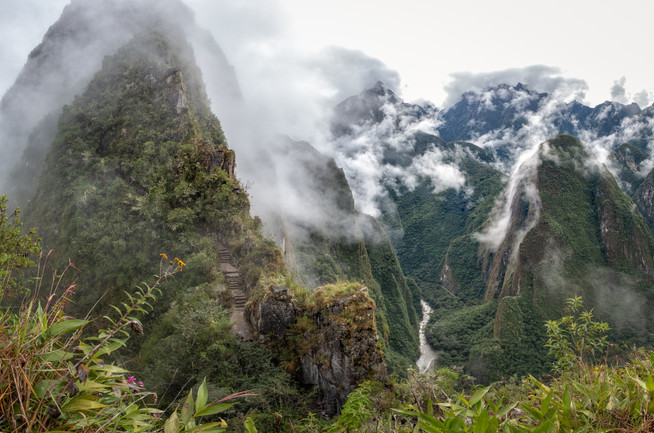 Huayna PIcchu & the Urubamba River Valley