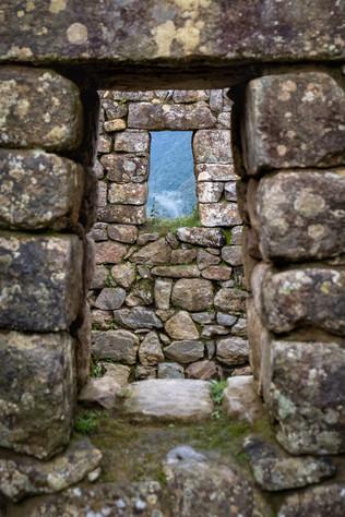 Windows to the Inca World III