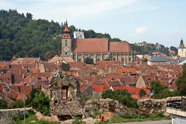 Medieval (15th century) city walls and Black Church, Braşov