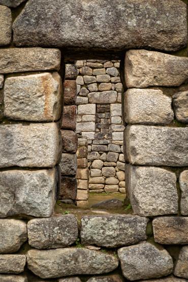 Windows to the Inca World II