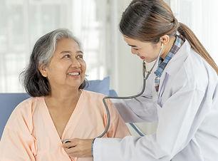 doctor-examining-senior-elderly-female-p