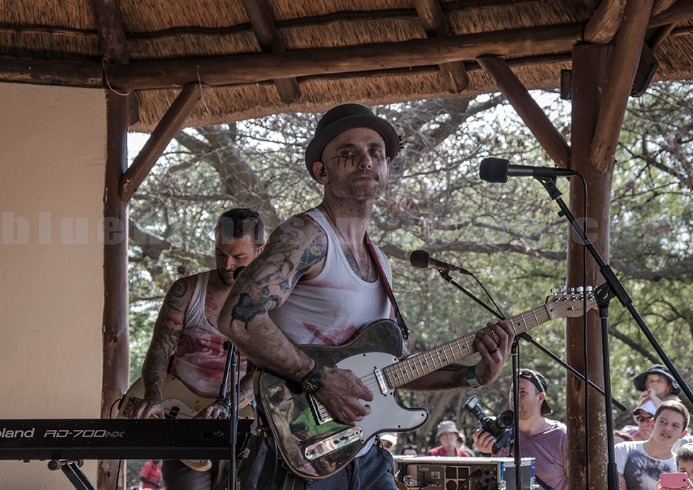 The Parlotones, Kahn Morbee