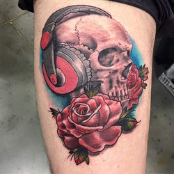 _shawn_elliott_isa had a lot of fun doing this at the Niagara Tattoo Convention! #keithbmachineworks