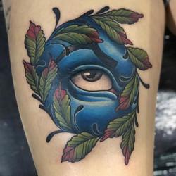 😍 Resident Shawn Elliott _shawn_elliott_bltc nailed this unique All-Seeing Eye! He had a lot of fun