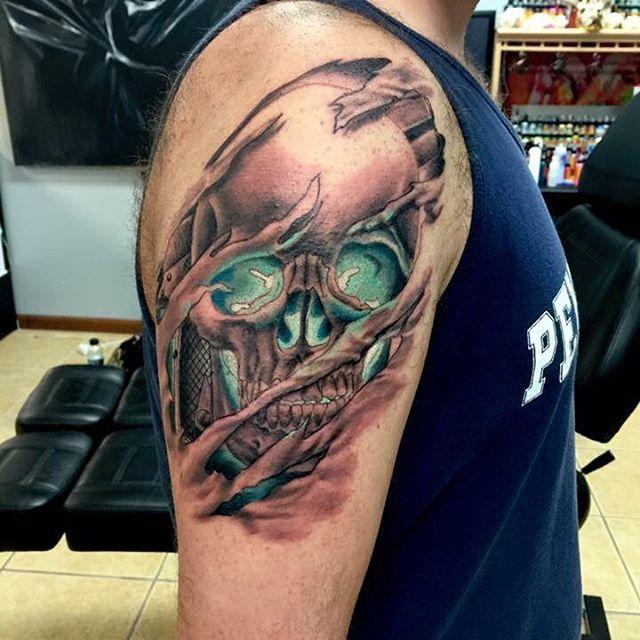 Glowing skull done by _shawn_elliott_isa #redemptiontattoocare #skull #glowingskull #ikonicforareaso