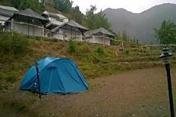Campsite in Nainital (Pangot)