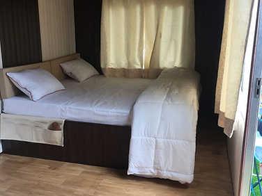 Cozy Room Pangot Hotels