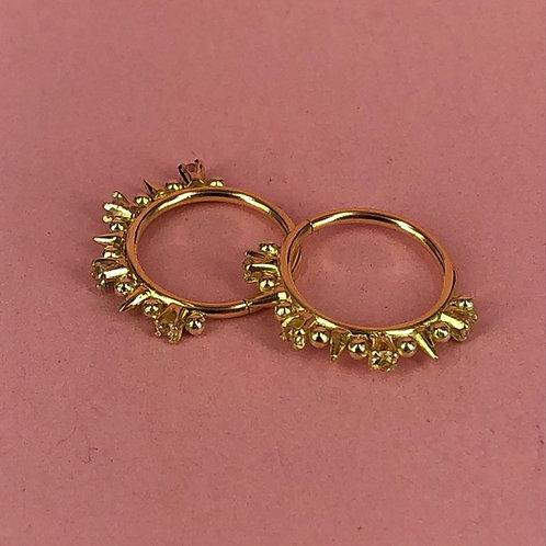 Quadruple sapphire spike crown ring