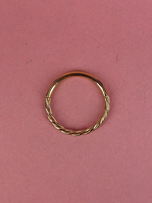 Continuous rope ring