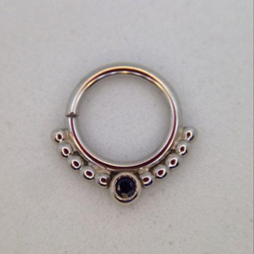 Single bezel beaded ring