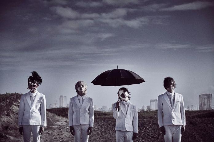 【キズ】备受瞩目的乐队、キズ『黒い雨(黑雨)』LYRIC VIDEO今天公开!