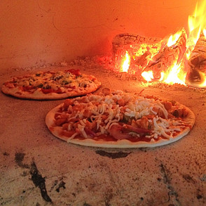 Wood fired pizza caterers Surrey