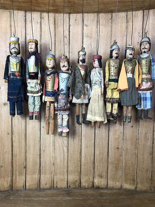 Collection of 9 Scillian puppets