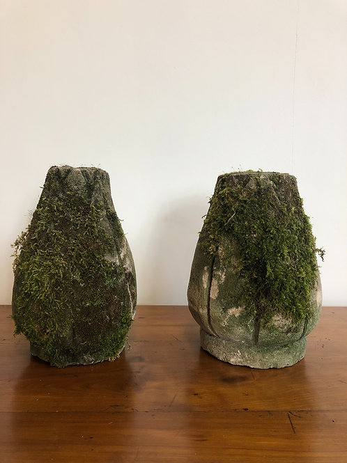 Moss covered finials
