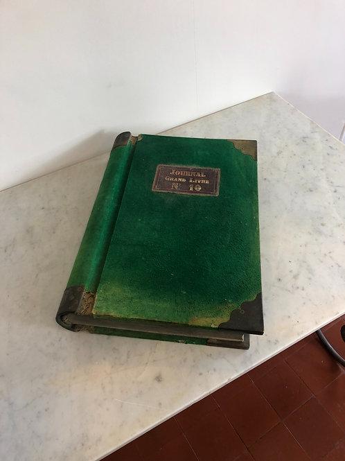 A Grand livre