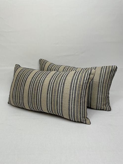 Ian Mankin linen scatter cushions
