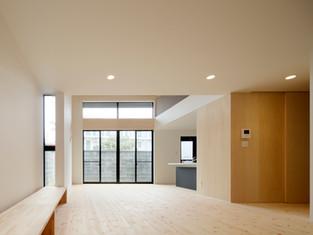 「多層空間の家」
