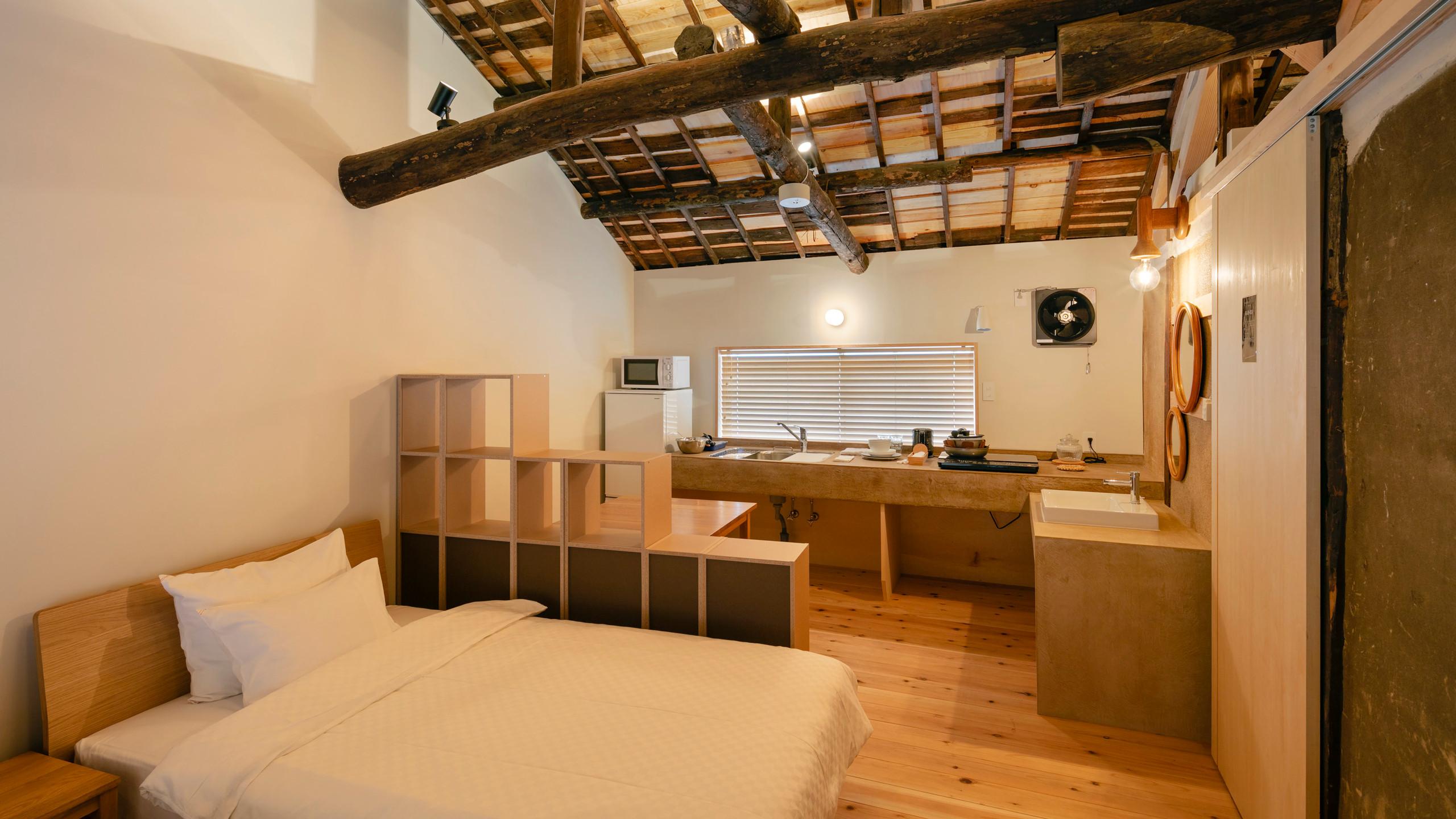 10_民泊1 寝室・キッチン