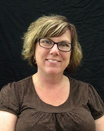 Cheryl is in charge of human resources and financial administration at Main Graphics