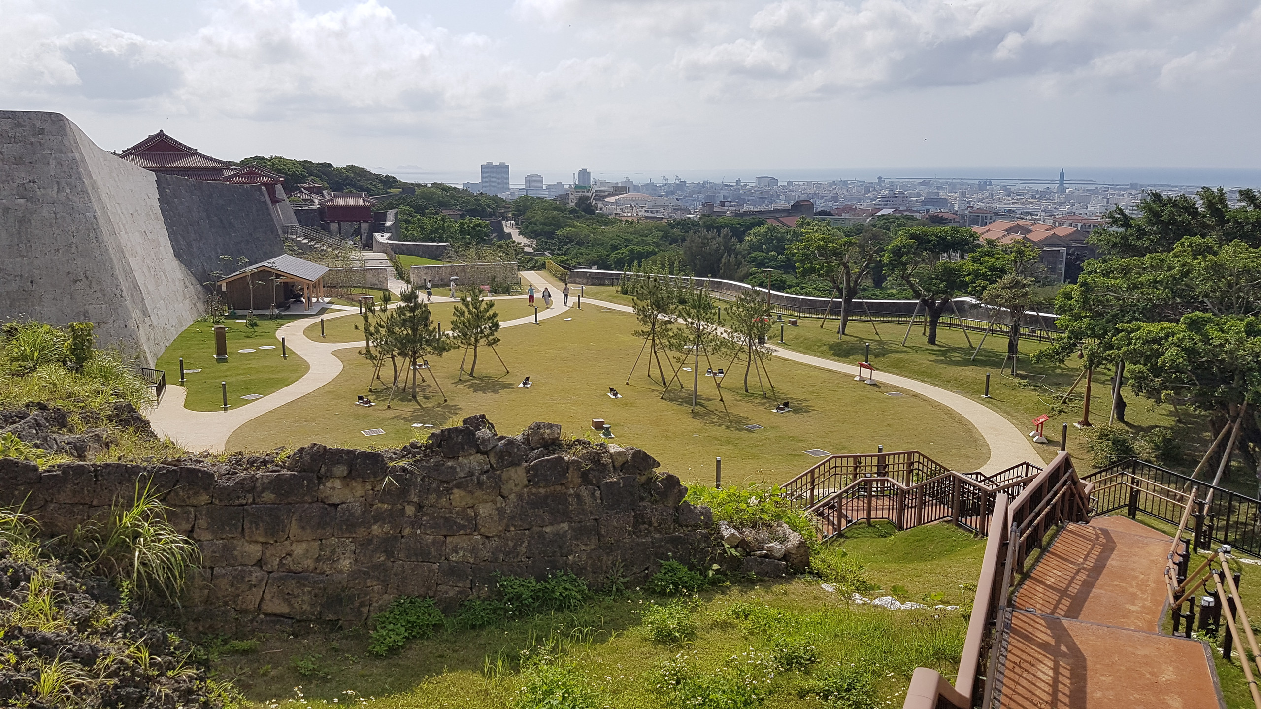 Les jardins du château de Naha