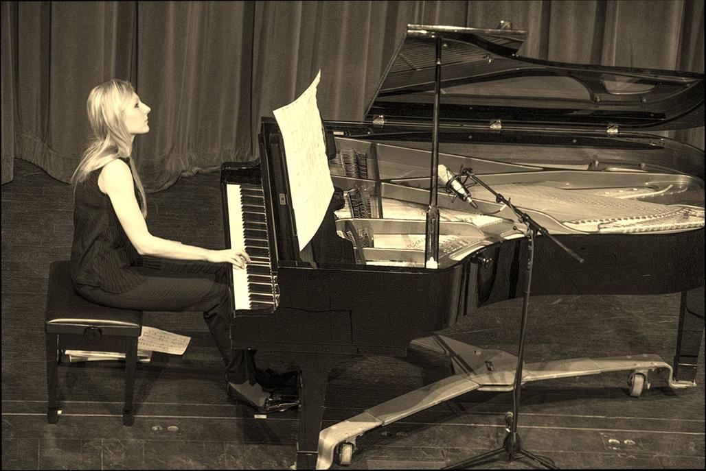 Beata Golec GCC Recital 2013.jpg