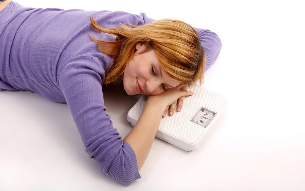 Maneiras de emagrecer rápido e fácil dormindo