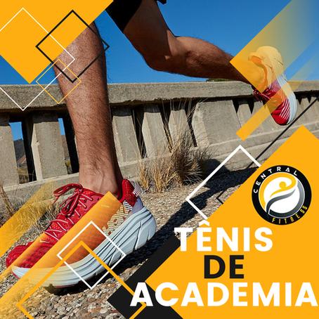 Por que eu preciso usar tênis para academia?
