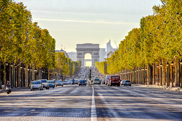 avenue-champs-elysees-paris-france