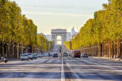avenue-champs-elysees-paris-france