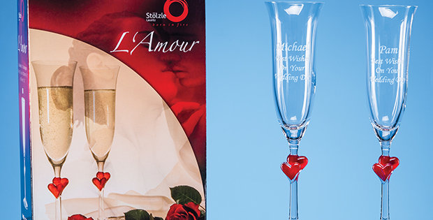 CG STL10 2 LAmour Red Heart Champagne Flutes in an attractive Gift Box