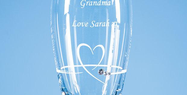 CG SL603 18cm Diamante Petit Vase with Heart Design in an attractive Gift Box