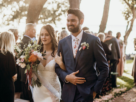 The Best Men's Attire for a Beach Wedding