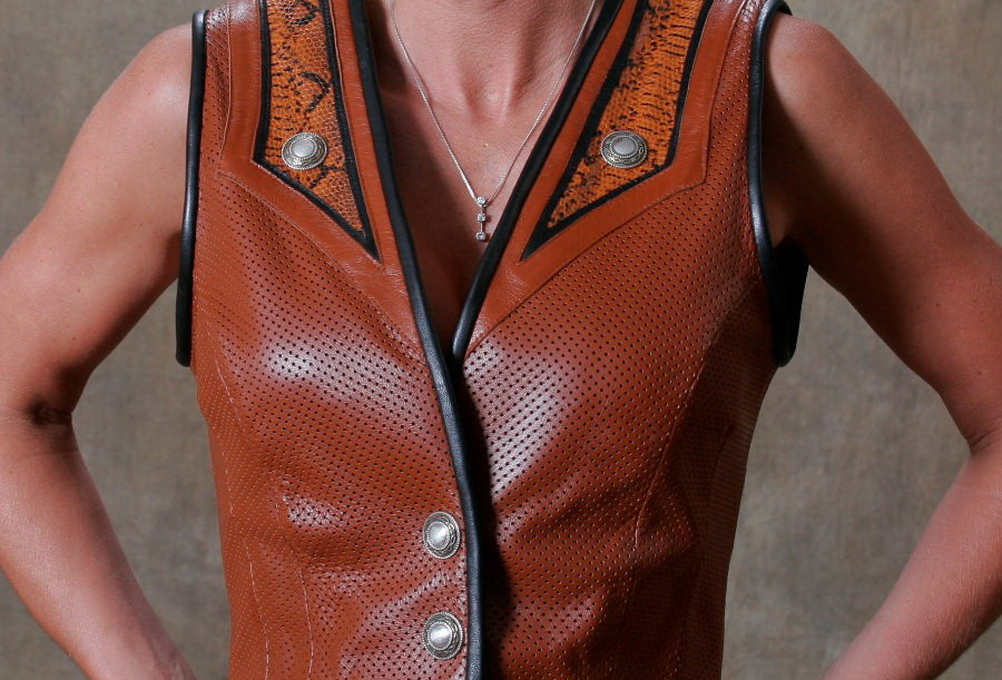 Women's Single Breasted Vest Cognac