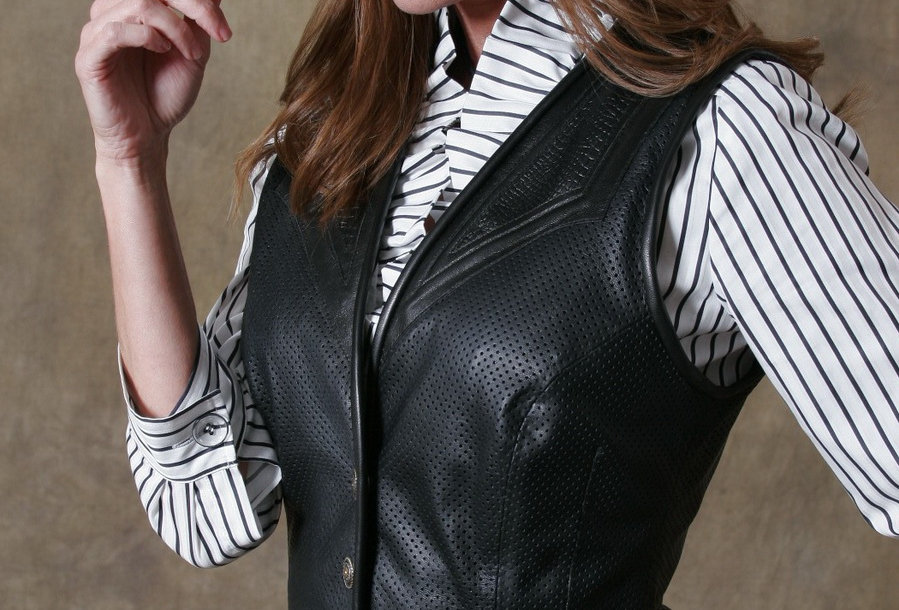 Women's Single Breasted Vest Black